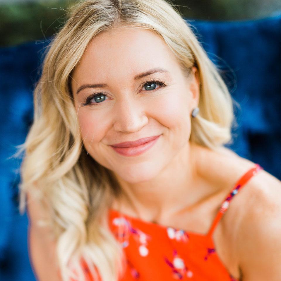 Lori Shaw Profile Headshot