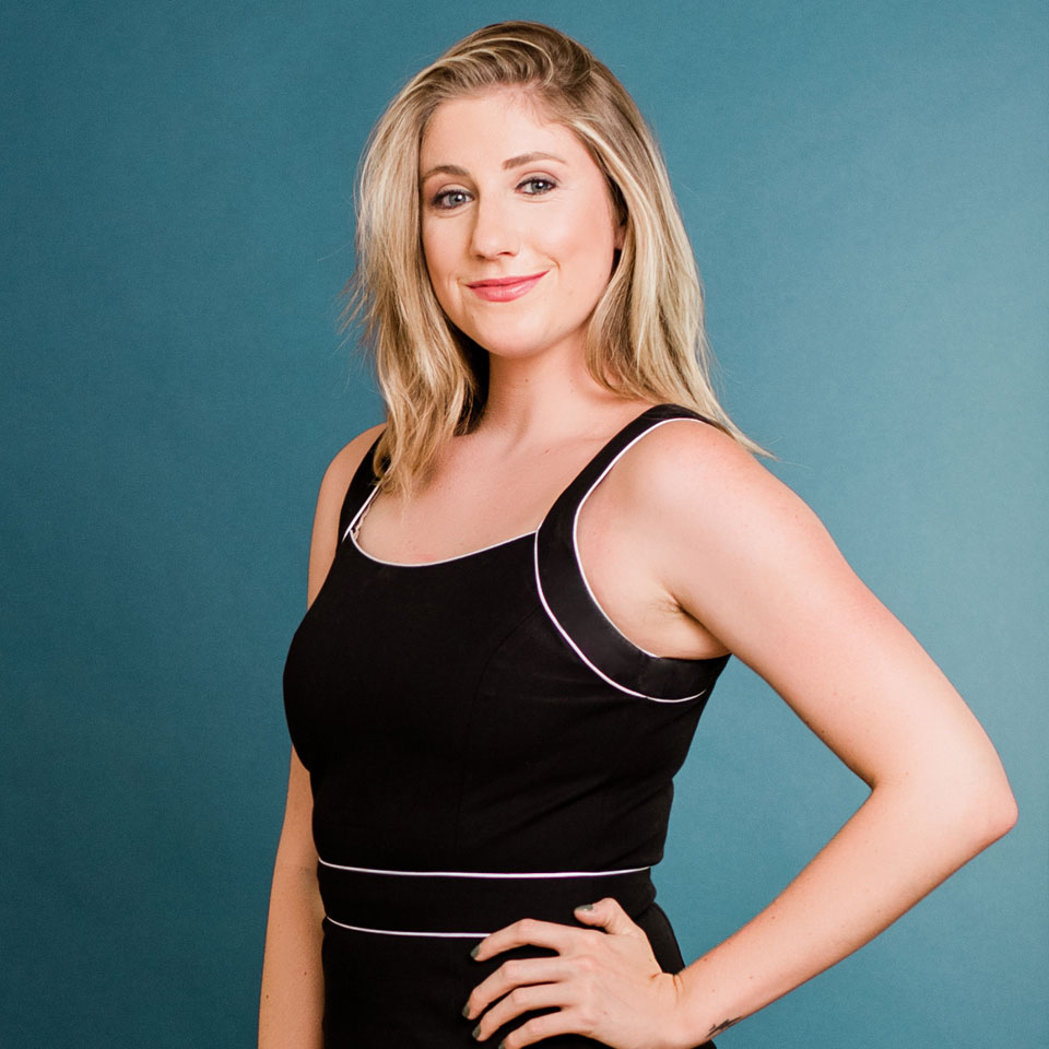 Alexa Curtis Profile Headshot