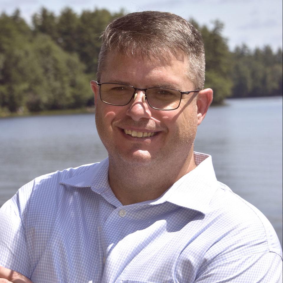 Dennis Volpe Profile Headshot