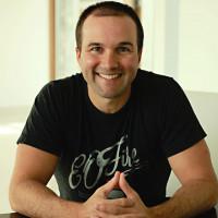 John Lee Dumas Profile Headshot